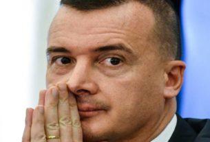 Se il premier Conte silura Casalino...