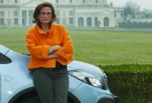 Ilaria Capua, la direttrice dell'One Health Center, spedita in Florida da giudici, giornalisti e Csm