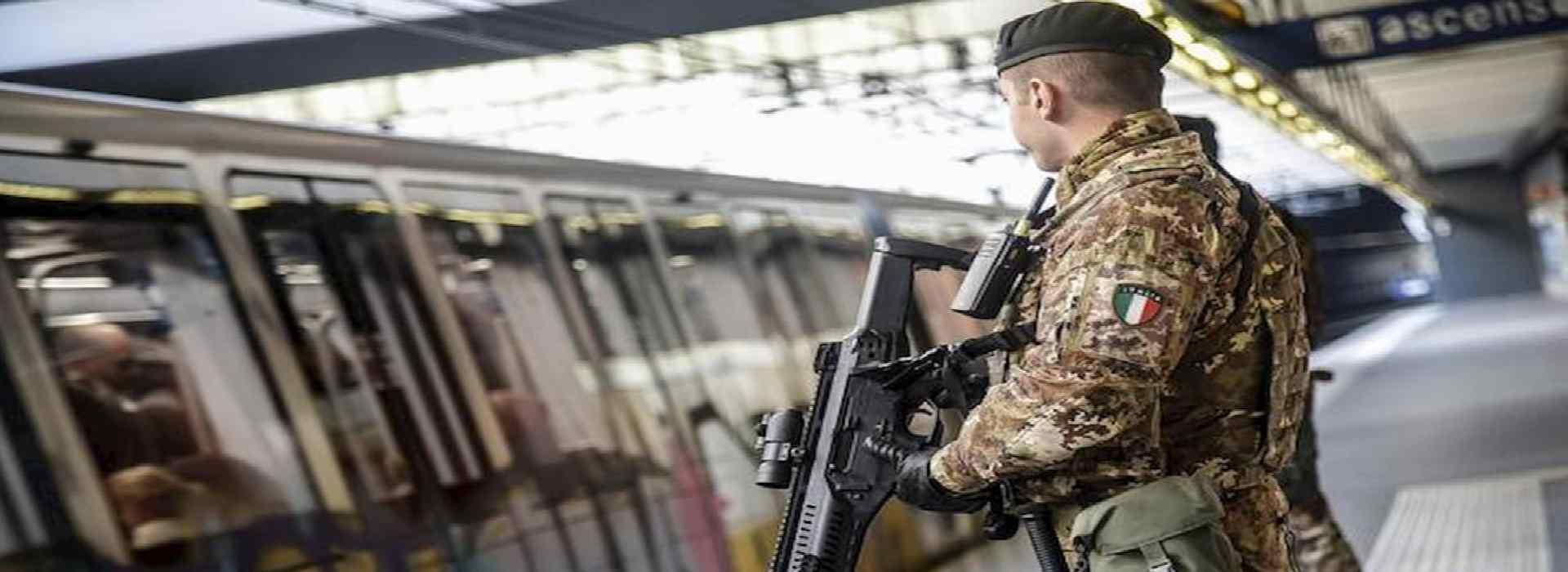 Schieramento di soldati a Milano su ordine della prefettura. Anche Mattarella d'accordo