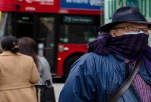 """Coronavirus, la disperazione dei connazionali a Londra: """"Abbiamo paura"""". A migliaia rientrano in Italia"""