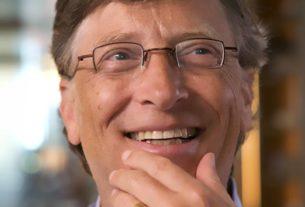 Ecco come Bill Gates salva il mondo: con fiumi di soldi e battaglie contro la politica americana