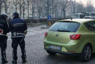 Da Genova a Torino: multe e tolleranza zero dei vigili. Covid