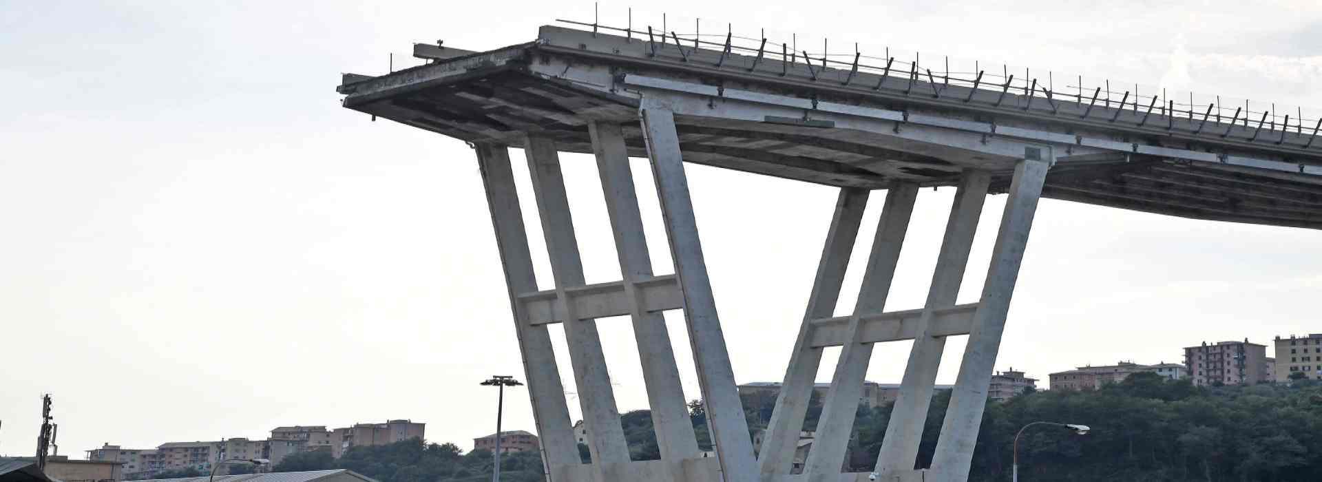 Inchiesta Ponte Morandi, quando Castellucci chiedeva a Toti di mediare con la Lega