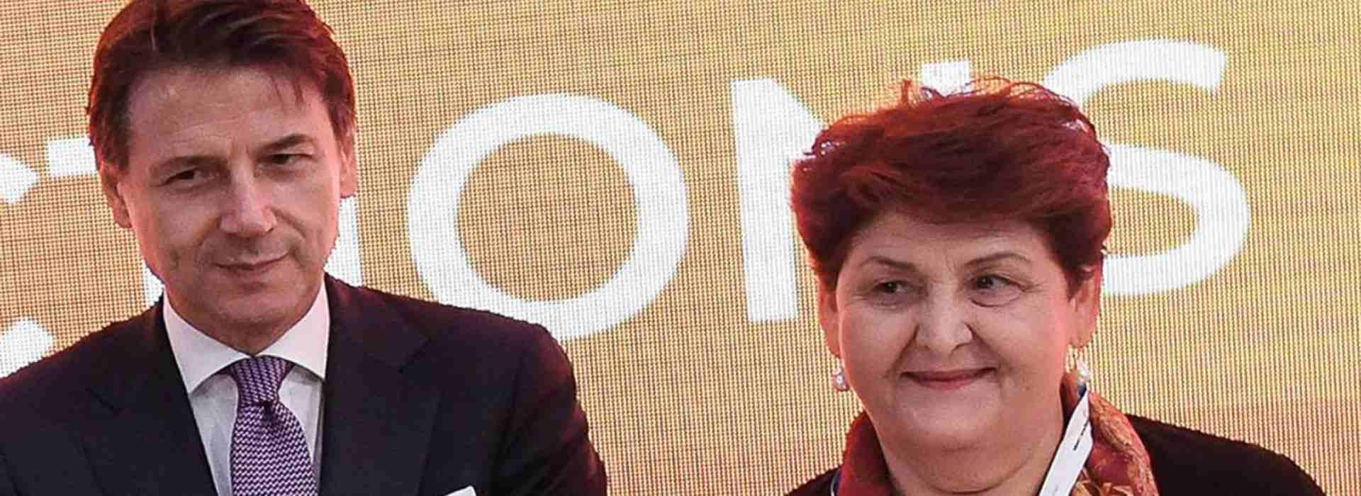 Conte molla la Task force sul Recovery dopo le richieste di Iv. E pensa a un governo con Renzi
