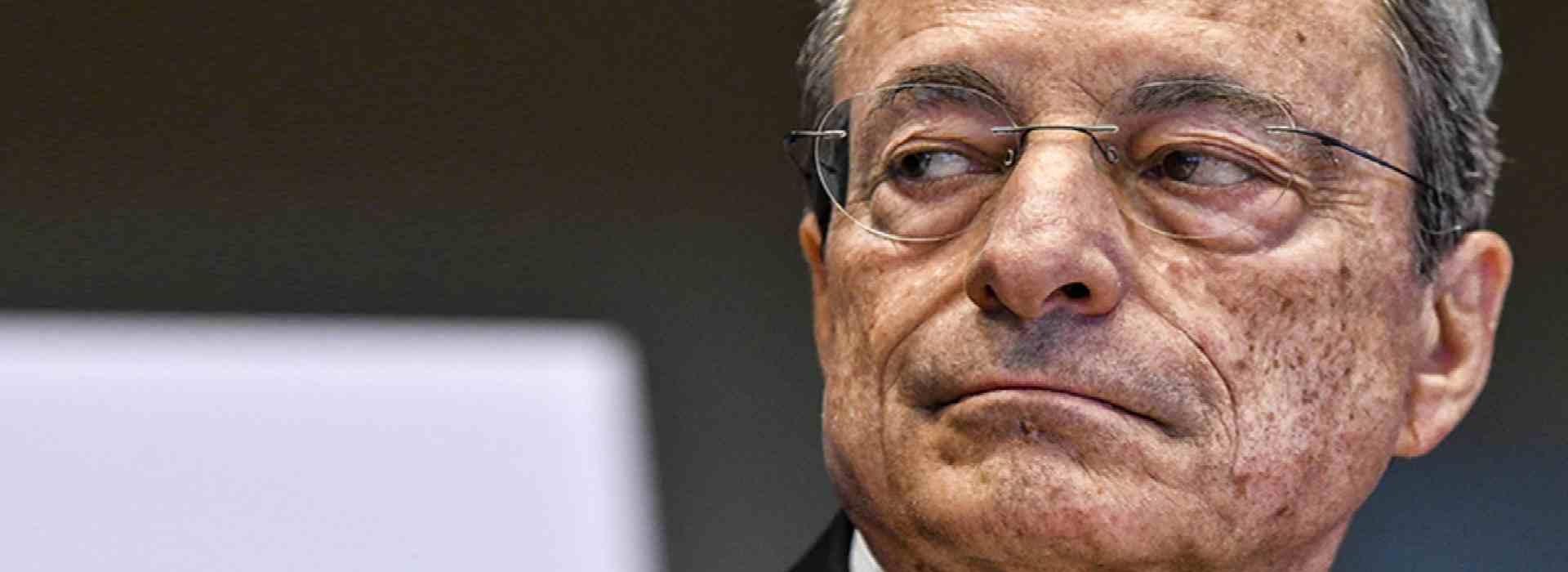I contatti segreti di Mario Draghi e la genuflessione della politica all'economia