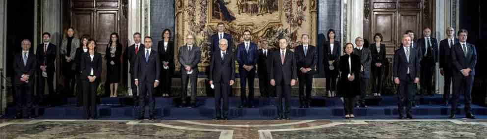 Il governo Draghi giura al Quirinale: parte il nuovo governo in era Covid