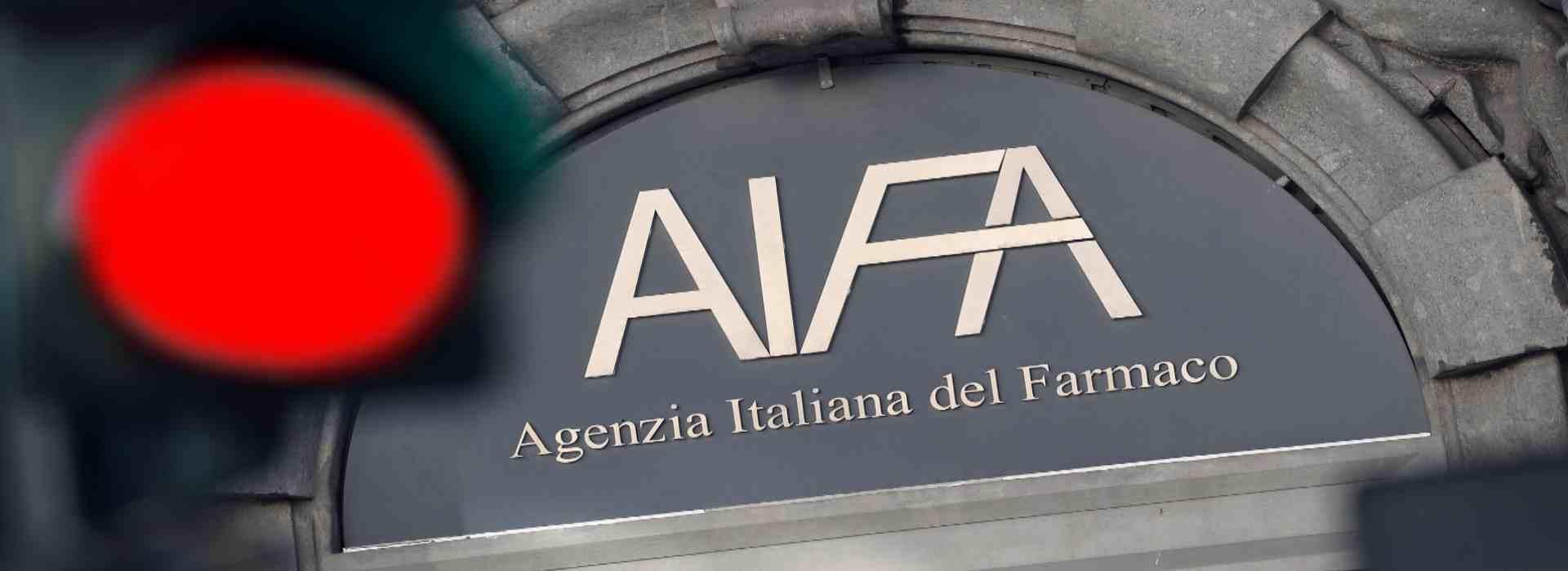 Vaccino AstraZeneca: l'Aifa, dopo Francia e Germania, lo sospende anche in Italia