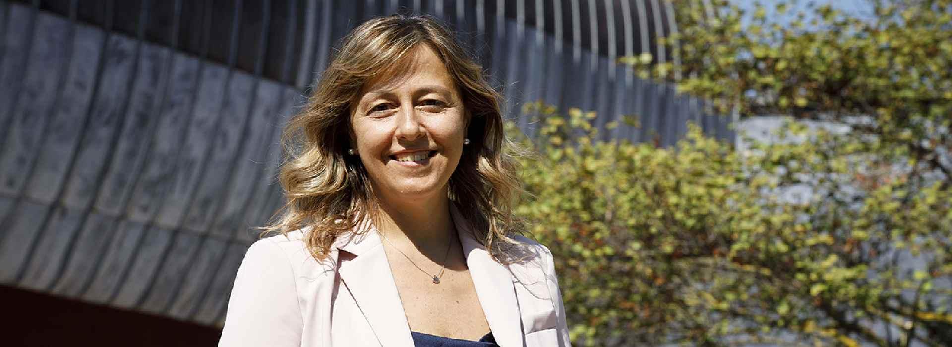 """Rai, la carriera folgorante di Claudia Mazzola. Anzaldi: """"un quadruplo scatto di carriera"""""""
