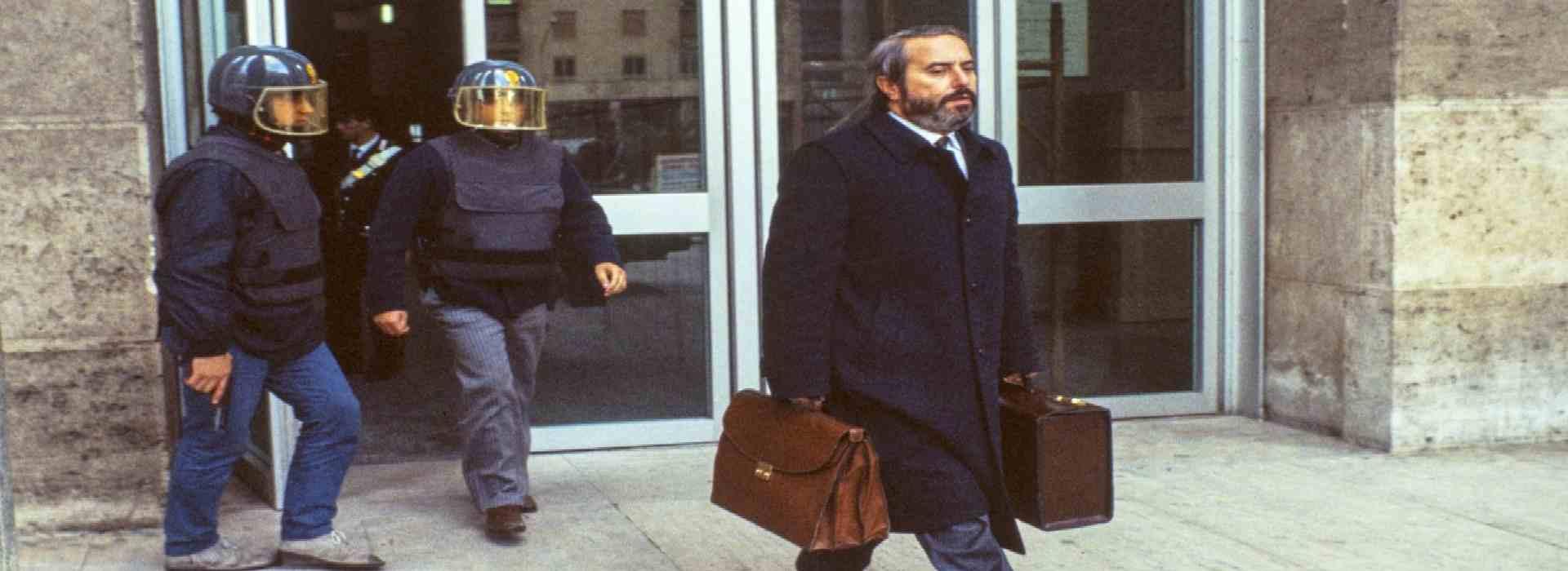 """Carcere ostativo: anche i giudici rinnegano Falcone e Borsellino. Claudio Fava: """"Non al carcere duro dei boss"""""""