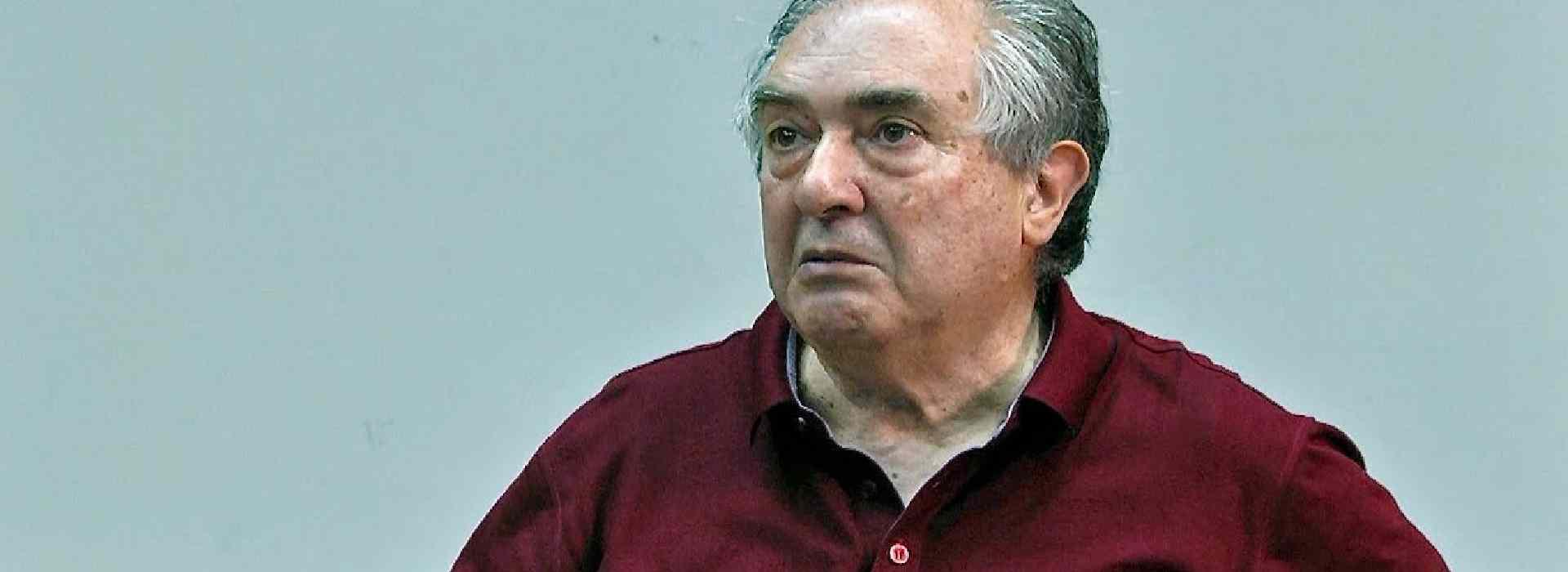 Pilkington, sindacalista Franco Zerra blocca l'ingresso ai giornalisti nell'aula Consiliare