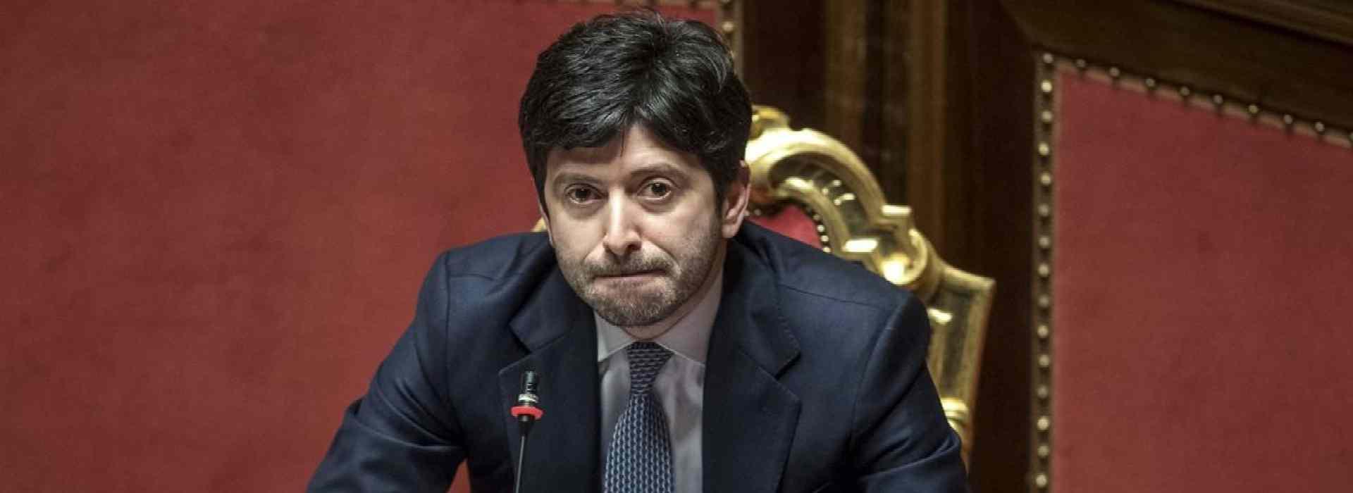 Roberto Speranza sempre più solo: abbandona anche Zaccardi. Le mail che contraddicono le versioni date sul Report